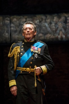 Robert Powell in King Charles III UK Tour. Credit Richard Hubert Smith.jpg